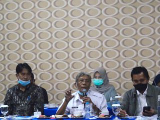 Bupati Jarot Hadiri FGD Penyusunan IKIP Tahun 2021 di Pontianak